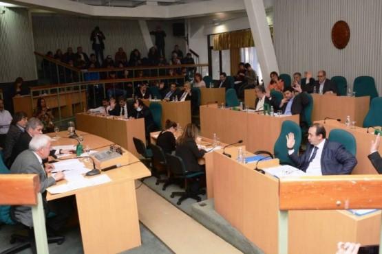 Legislativas sororas y un pañuelazo que dejó en offside a varios diputados