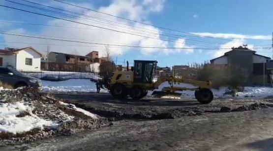 En la cuenca, la nieve también le juega en contra a los vecinos.