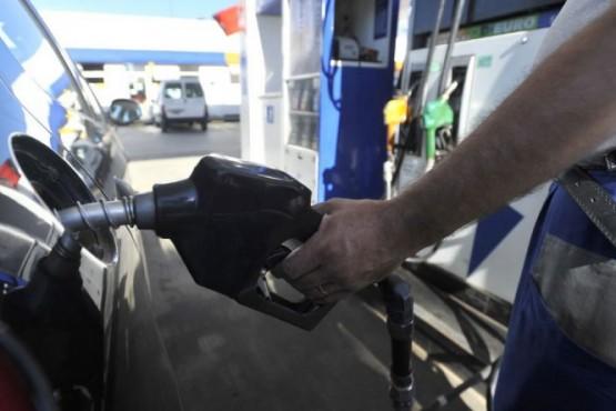 YPF aumentó las naftas un 5%