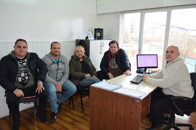 Reunión con el funcionario municipal: (C.R)