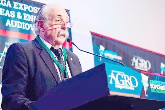 Javier De Urquiza, CAP