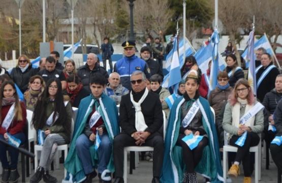 """""""La Patria dejará de ser colonia y la bandera flameará libre"""""""