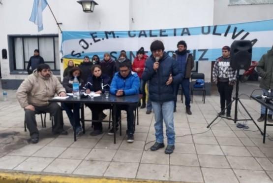 Municipales continúan con el plan de lucha