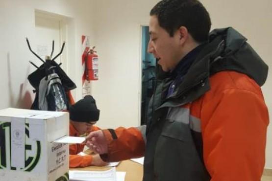 Llevan a cabo elecciones de Junta Interna de YCRT
