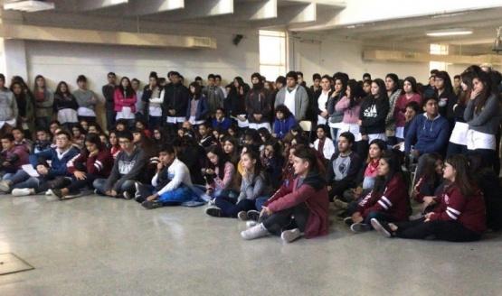 Refuerzan la participación juvenil a través de los centros de estudiantes