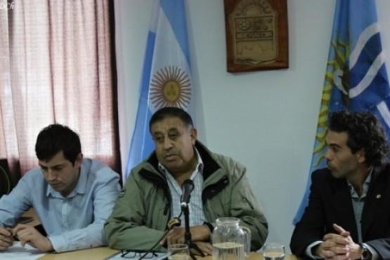El Intendente de El Chaltén vetó ordenanza que reglamentaba la actividad del transporte turístico terrestre de pasajeros