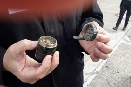 Evacuaron el aeropuerto por una granada, pero era un picador de marihuana
