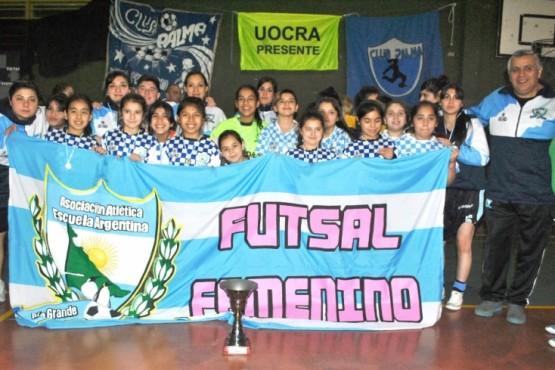 Trofeos y medallas en el tercer patagónico de futsal femenino