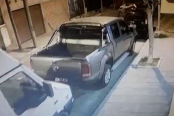 Le cortó los frenos del auto a su ex mujer y quedó filmado