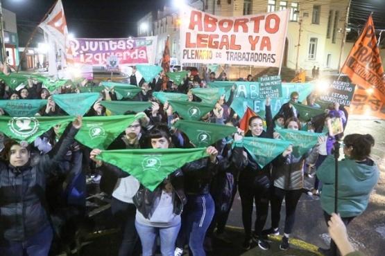 Santa Cruz registra más de 700 egresos hospitalarios por aborto al año