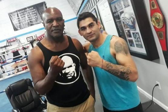 Verón vuelve a entrenar y la Joya Barrionuevo peleará en Las Vegas