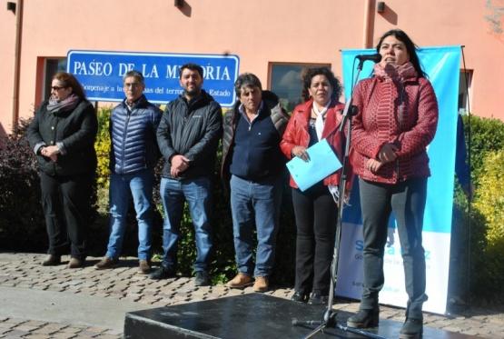 Nadia Astrada también firmó el documento. DDHH