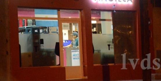 Encapuchados asaltaron una vinoteca en Caleta Olivia