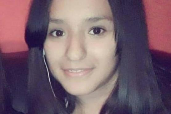 Buscan a una adolescente que se fue de su casa