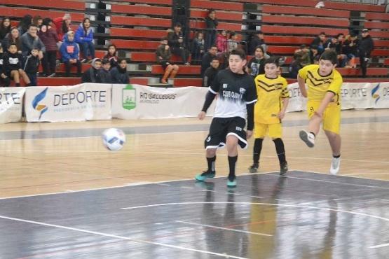 Se está desarrollando la Superliga de Futsal Infantil