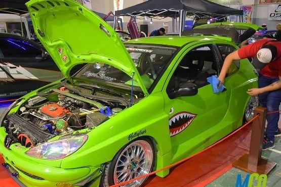 Los autos son los protagonistas de la Expo Motor Show