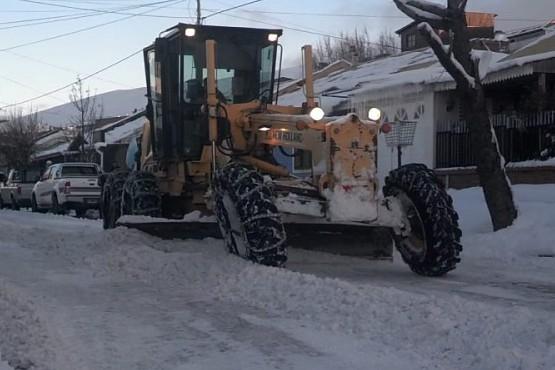 Tareas de mantenimiento por las nevadas en la ciudad