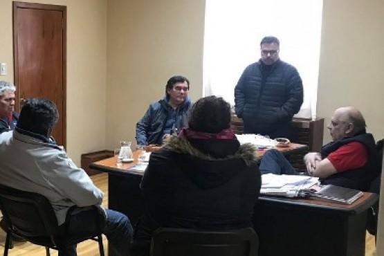 SOEM se reunió con Giubetich y concejales por asignaciones familiares