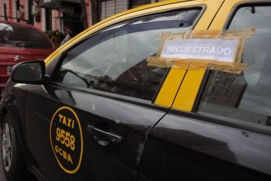 Detienen a taxista y a travesti que distribuían cocaína