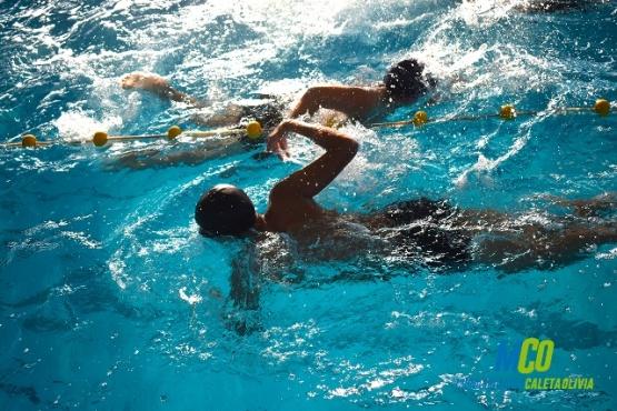 Nadadores se preparan para la instancia local de