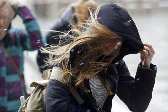 Alerta por vientos intensos