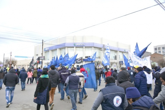 Los sindicatos también les reclamaron a los actores políticos que reaccionen.