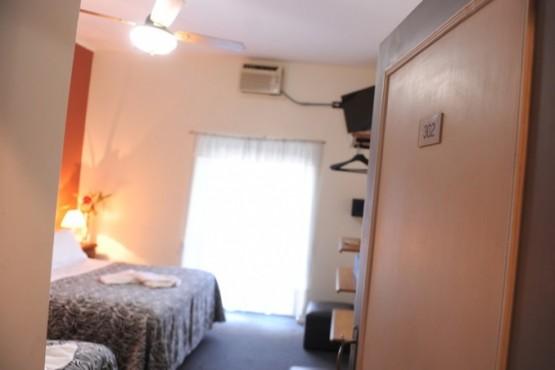 Cualquier tipo de hotel debe pagar impuestos por lo que se ve en los televisores de las habitaciones. Foto: Martín Bonetto