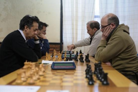 El campeón (izquierda) en acción.