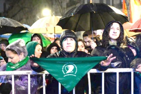 """""""No estamos en contra de la mujer, sino del aborto"""". (Foto Julieta Ferrario para Infobae)."""