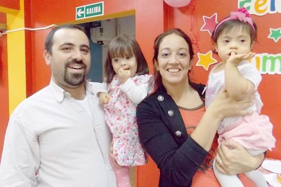 Joaquín y Lorena viven con intensidad junto a la pequeña Josefina.