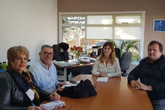 """Cámara de Comercio apoya programa """"Familia, Nieve y Paseo Agosto 2018"""""""