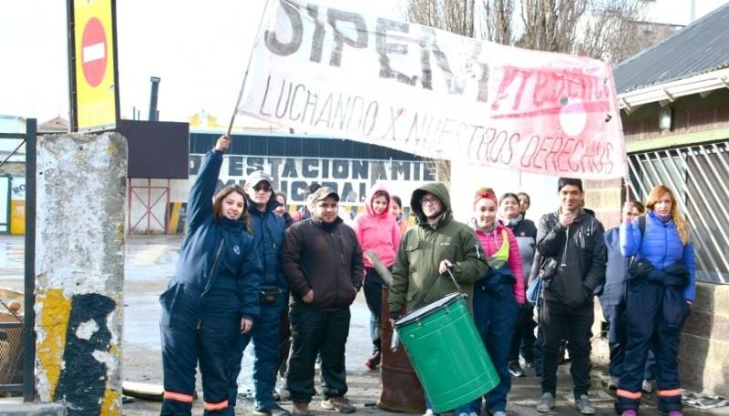 Desde el SIPEM afirmaron que algunos trabajadores ya pasaron a la órbita municipal. (C. R)