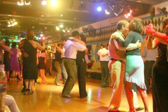 Mucho tango y Co.M.PA.S en El Calafate