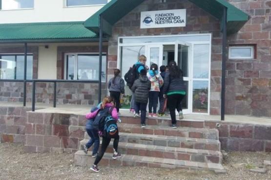 """""""Conociendo Nuestra Casa"""": un proyecto educativo ambiental que formó miles de monitores"""