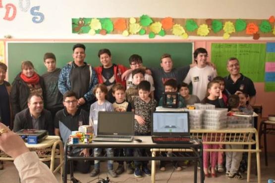 Alumnos del Industrial 6 brindaron charla para niños de las Escuelas Primarias