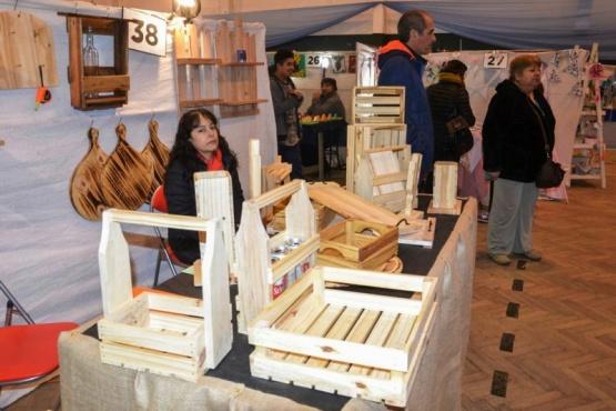 Convocan a artesanos para la 6ta feria productiva municipal