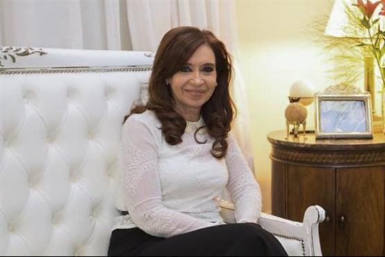 Cristina Kirchner en su departamento de Recoleta