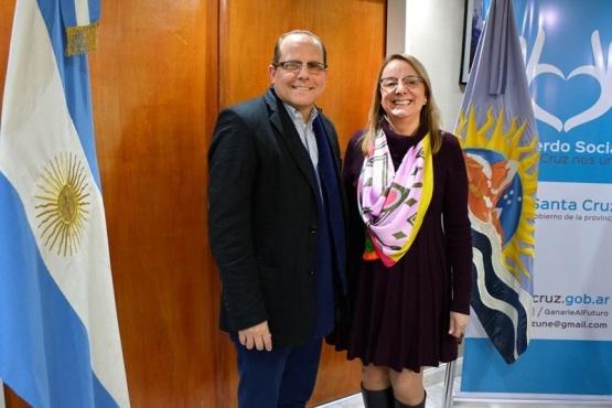 Alicia recibió al embajador de Cuba