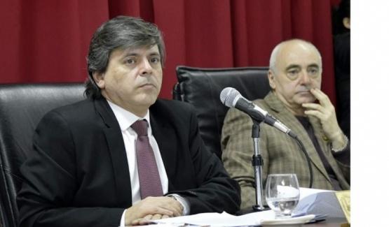 """""""Evaristo Ruíz parece el abogado del Casino"""""""