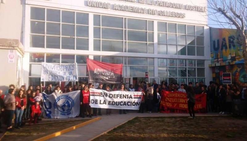 El 30 de agosto será la Marcha en defensa de la Educación Pública las 17:00 en Kirchner y San Martín.