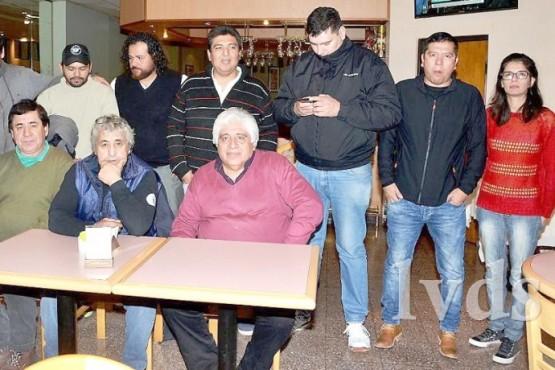"""""""Organizamos y hay 12 delegados, y luego seguiremos a Pico Truncado""""."""