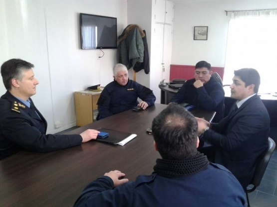 Reunión para coordinar acciones en seguridad