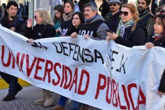 Paro en las universidades: los docentes marchan a Plaza de Mayo