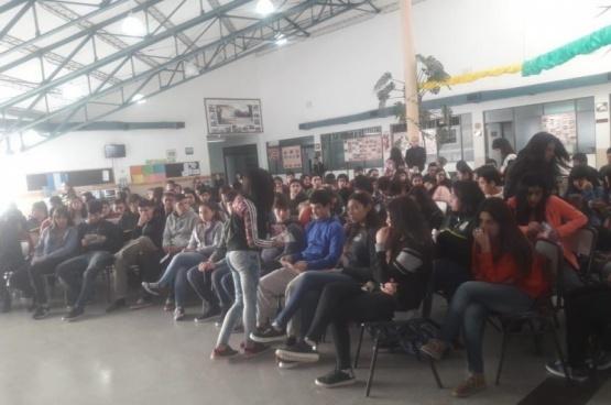 Realizaron charla de educación sexual integral en escuela agropecuaria