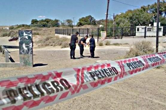 Sujeto detenido por amenazar a policías con un arma era buscado por homicidio