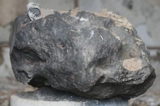 La misteriosa piedra extraterrestre que sobrevivió al incendio en Museo