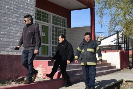 Falso alerta de escape de gas motivó evacuación de alumnado