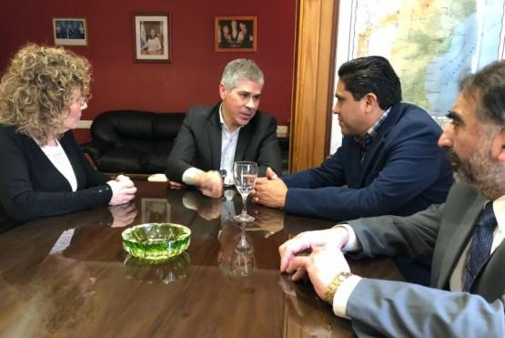 Cónsul de Bolivia visitó la legislatura provincial