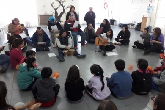 Intervención lúdica y musical de SETRIPCO