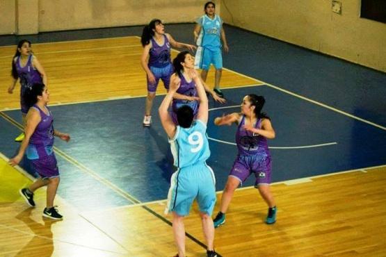Debuta Vikingas en el Torneo de Primera Femenino
